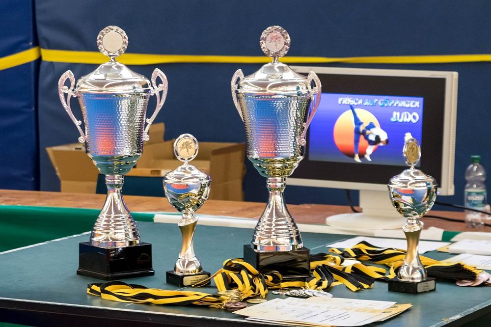 Landesliga 3. Kampftag-Pokale1000px